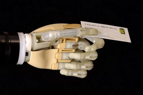 mano-bionica.jpg